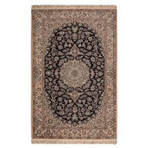 Four meter handmade carpet